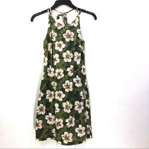 Vintage City Triangles Hawaiian Floral Aloha Dres